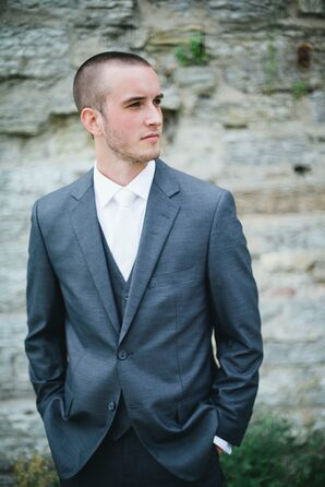Charcoal Gray Groom Suit with Ivory Tie