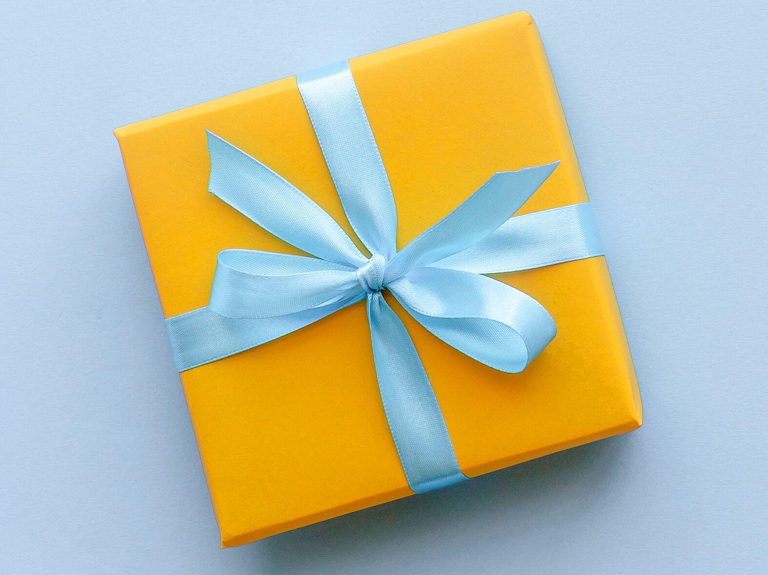 55 Wedding Gift Ideas