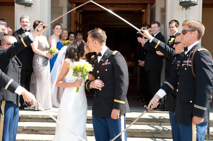 A Traditional Spring Wedding at the Greentree Country Club in New ...