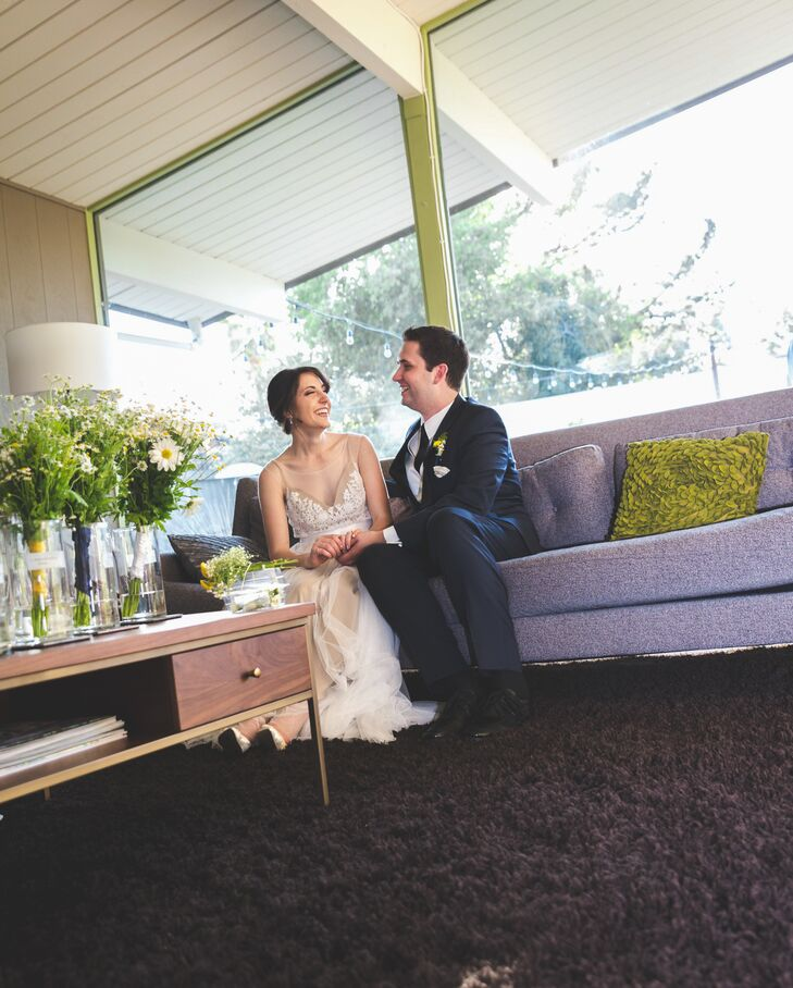 Floral accents popped up left and right at this classic wedding with a retro spin, inspired by the bride's love for daisies. Beth Vinci (21 and a nurs