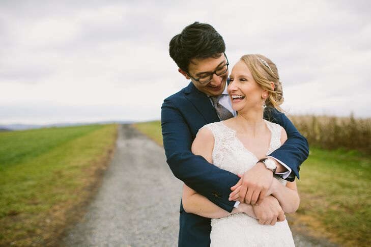 Jessica Lucas (27 and an administrator for New York University) and Jeremy Setton (30 and a radiation oncology resident) chose Sinkland Farms in Chris