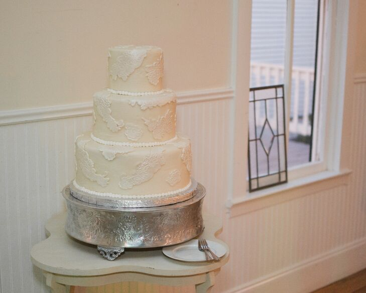 Classic Ivory and White Cow Spotted Wedding Cake