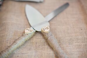 Rustic Twine and Wood Heart Cake Cutting Server Set