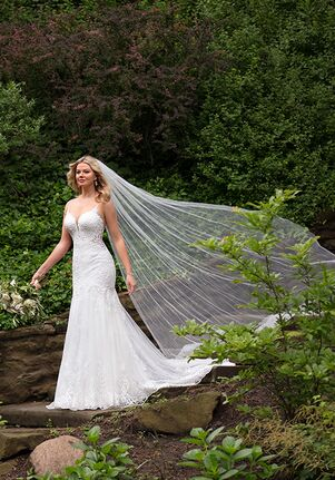 Essense of Australia D2945 Sheath Wedding Dress