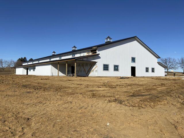 The Gathering Barn | Reception Venues - Williamsburg, IA