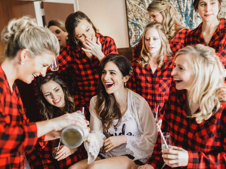 winter wedding ideas flannel shirts