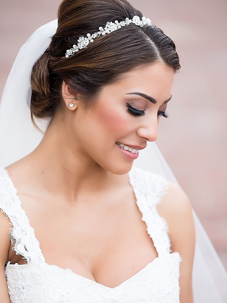 Romantic wedding makeup for brunettes