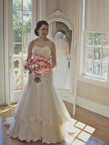 Bombshell Brides - The Knot