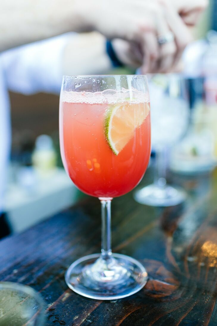Guests sipped on bright fruity drinks during the cocktail hour.