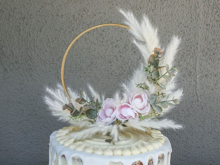Pampas grass hoop wedding cake topper