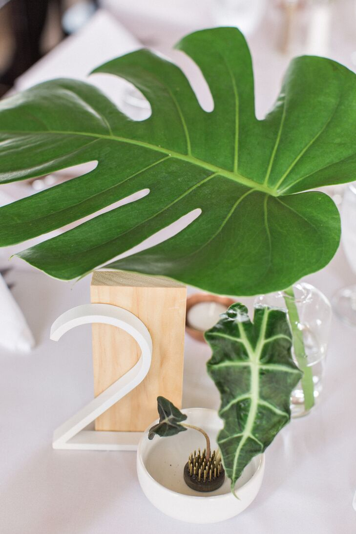 Minimal Banana Leaf Centerpiece with Modern Table Number