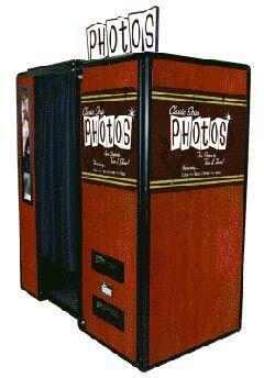 Fun In A Flash Photo Booth & FlipBook Studio Rental