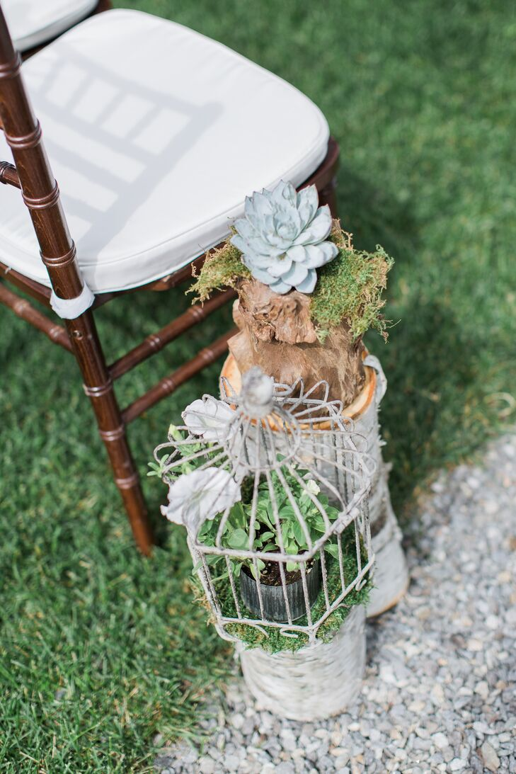 Vintage Bird Cage Aisle Decor