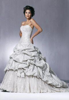 De La Rosa's Bridal & Tuxedo