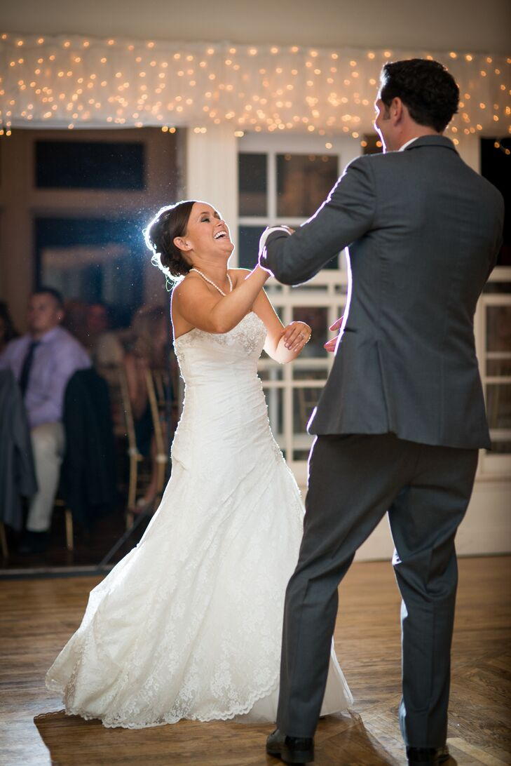 Tanya and Cody's First Dance at Willow Ridge Manor