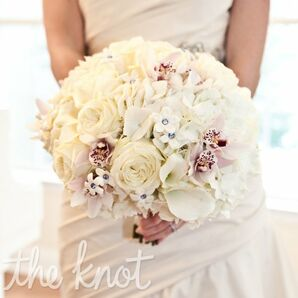 Crystal-studded White Bouquet