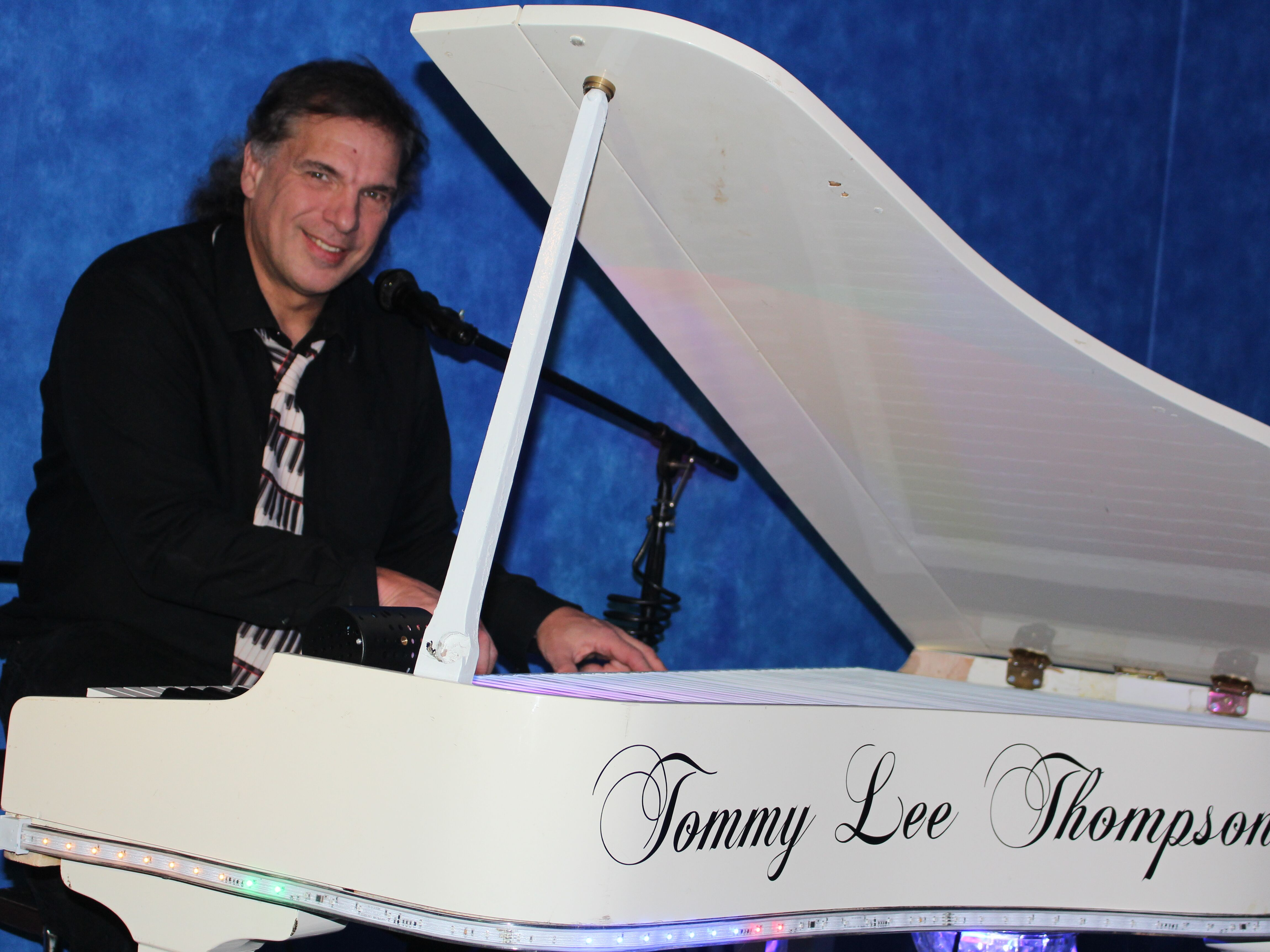 Tommy Lee Thompson - Pianist - Akron, OH
