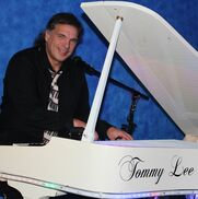 Akron, OH Piano | Tommy Lee Thompson