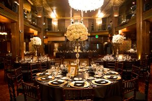Elegant Dining Tables With Lavish Centerpieces