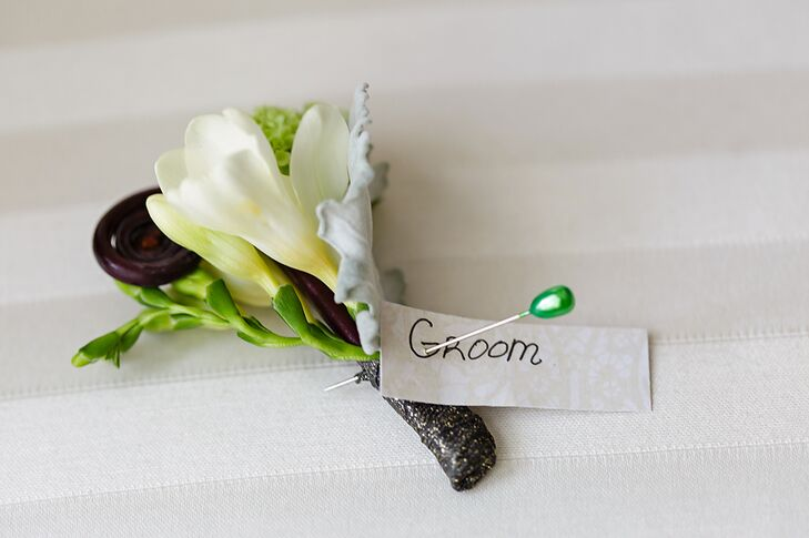 Groom's Boutonniere in White and Green