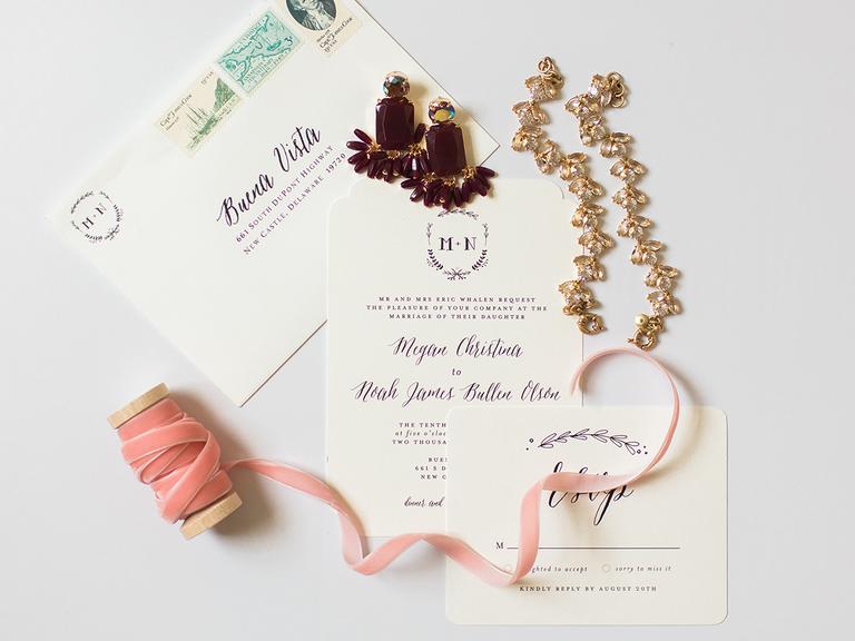 wedding invitations classic white and burgundy