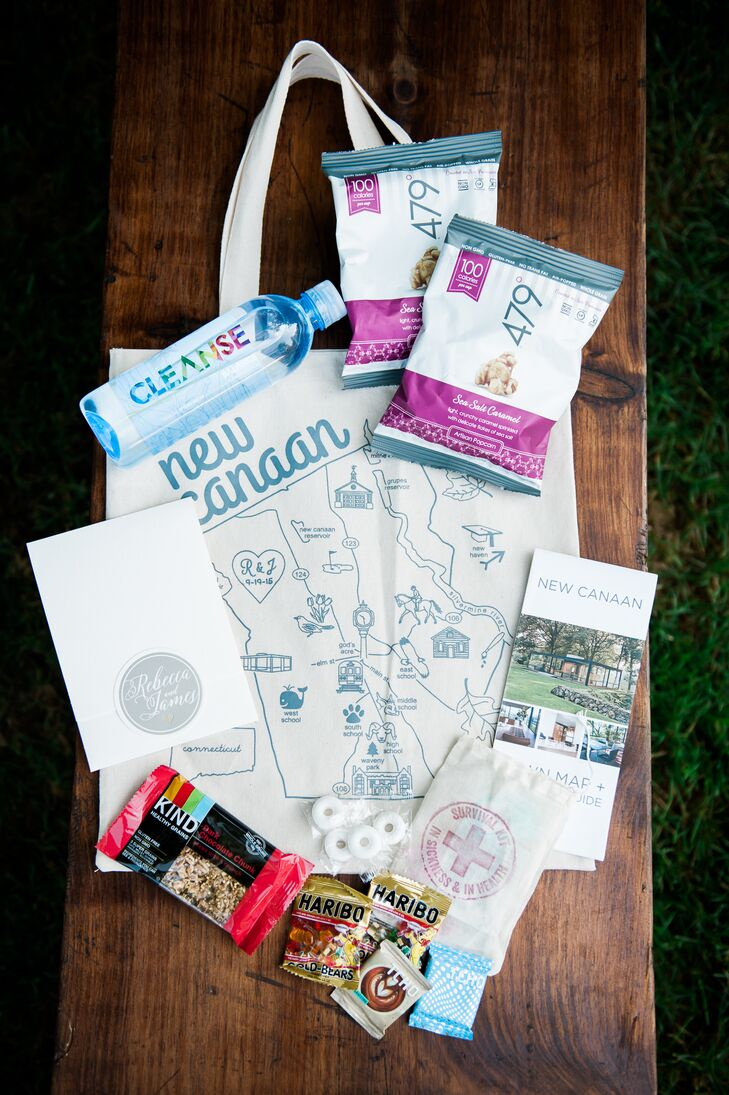 To show their out-of-town guests a little New Canaan hospitality, Rebecca and James put together welcome bags filled with sweets, snacks, a welcome guide and a wedding weekend survival kit filled with essentials like bottled water, ibuprofen and more.