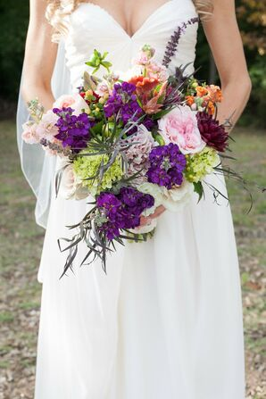 Textured, Garden-Inspired Wildflower Bridal Bouquet