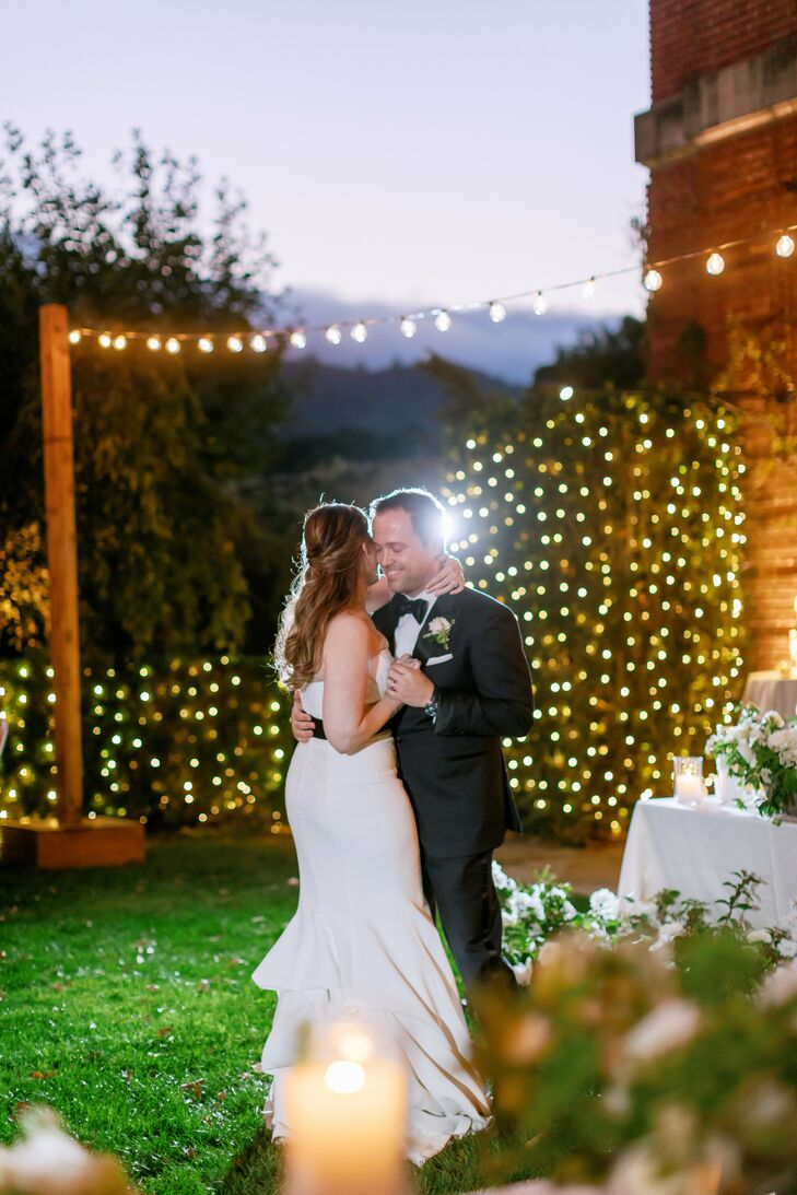 Couple Sharing First Dance at Filoli Historic House and Garden in Woodside, California
