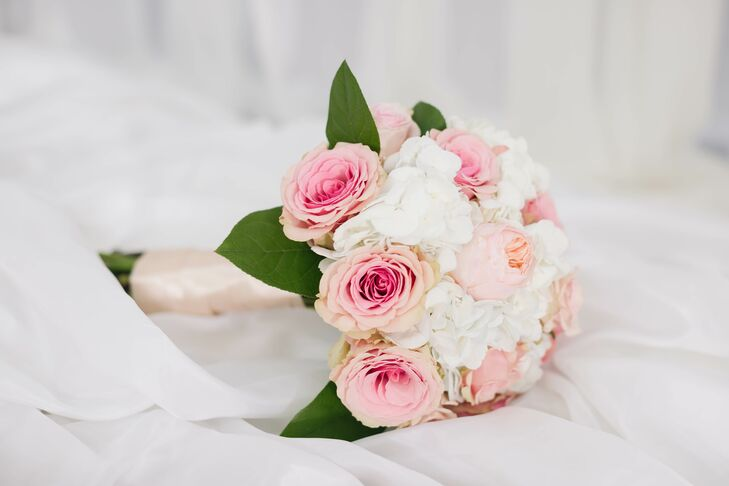 Classic Pink Rose Bouquet with Satin Wrap