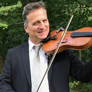 Burlington, CT Violinist | Christopher Payne