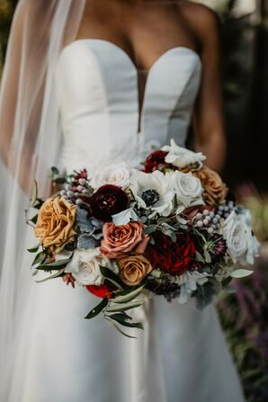 Dramatic Wedding Bouquet at the United States Naval Academy