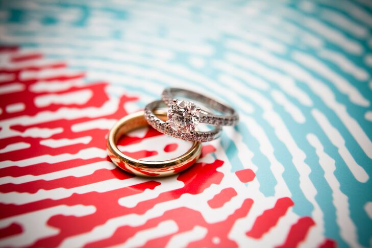 The couple opted for classic wedding rings, a simple polished gold band for Glenn and a diamond pavé band for Helen.