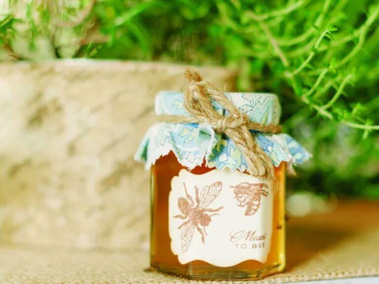 honey jar wedding favor
