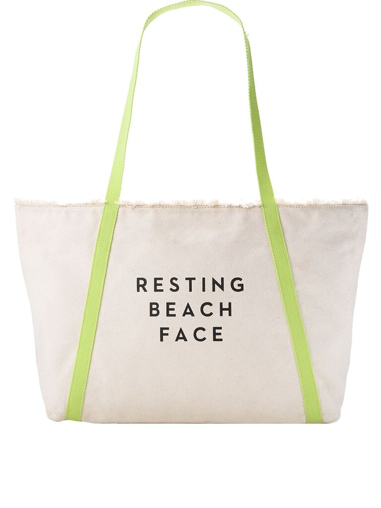 Milly Resting Beach Face Canvas Tot