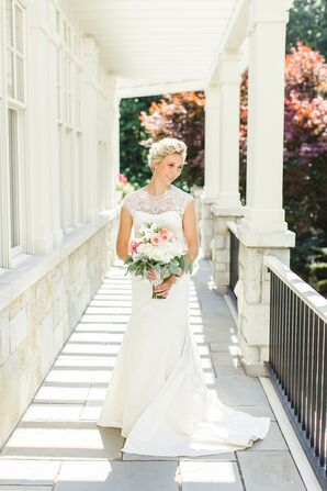 White Lela Rose Wedding Dress with Illusion Necklice