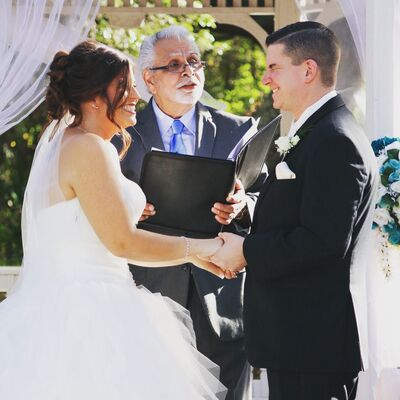 A Personal Wedding Officiant