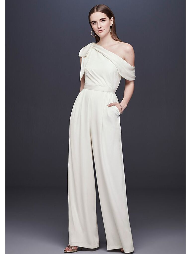 One-shoulder jumpsuit with bow