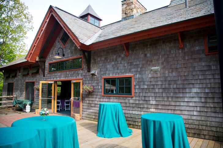 After an intimate ceremony on the farm's scenic property, the couple and their guests enjoyed cocktail hour in the barn. The barn opened out onto a patio where guests could enjoy panoramic views of the lush, natural property while sipping on cocktails and indulge in a spread of mouthwatering eats.