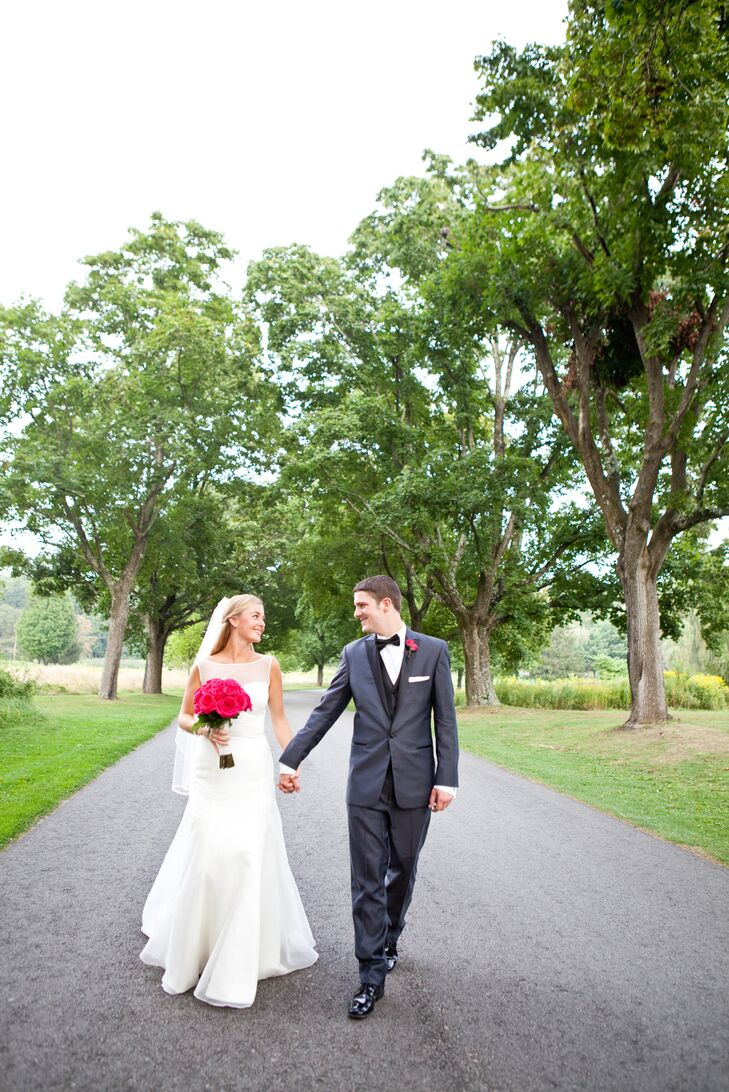 rn                                        Inspired by a secret garden and their mountaintop venue, Kelley Dionne (29 and in hospitality) and Jeffrey D