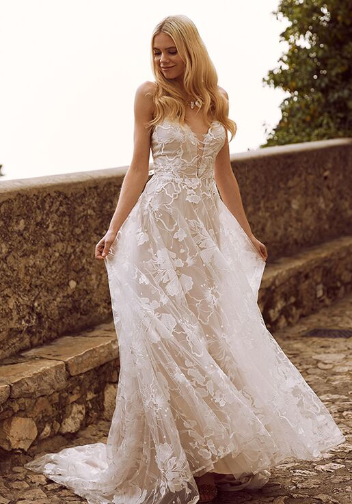 Wedding dresses in Easton
