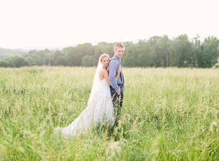 Kelly Knutson (21 and a high school math teacher) and Blake Morris (21 and in retail), who met when they were 15, planned their entire Southern planta