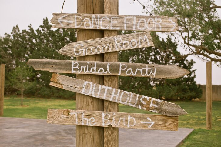 Rustic Wooden Signs at Cotton Creek Barn