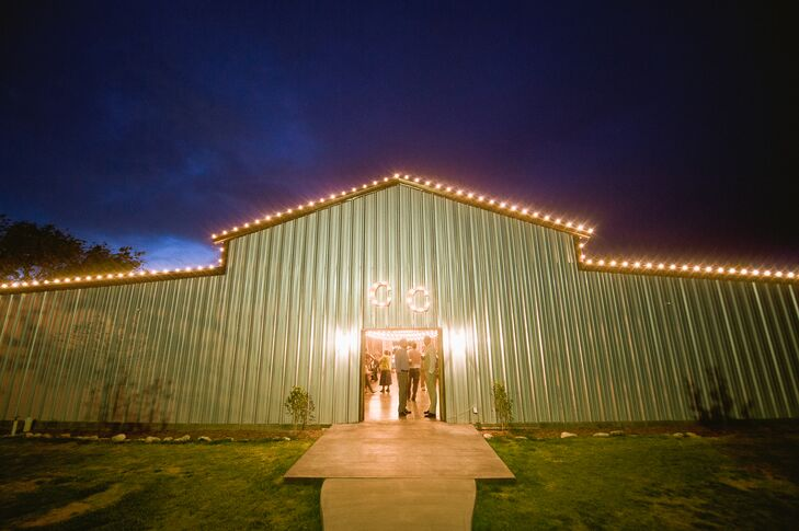 """""""I chose the location because it fit both of us perfectly,"""" says the bride. Jaclyn wanted an outdoor wedding and Russell wanted a country wedding. Cotton Creek Barn provided both."""