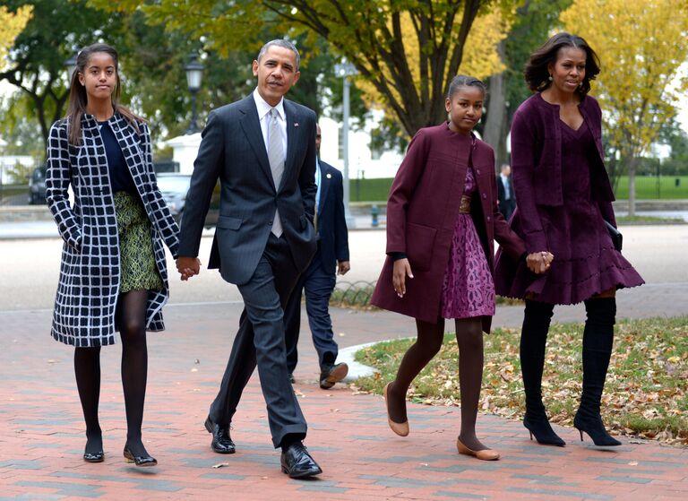 malia sasha obama michelle barack family