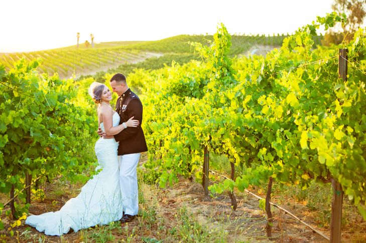 Choosing the venue to be at Falkner Vineyard was a no brainer for Ashley and Jamison, as her family are wine connoisseurs.
