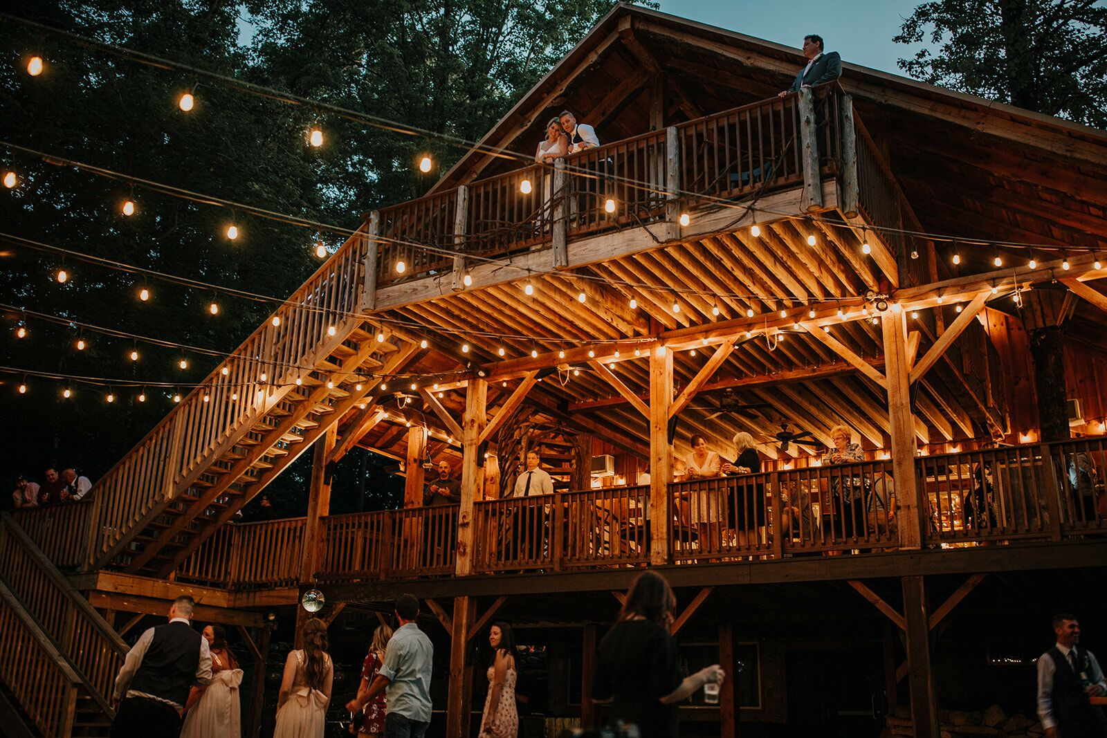 The Grand Barn And Treehouses At The Mohicans Reception