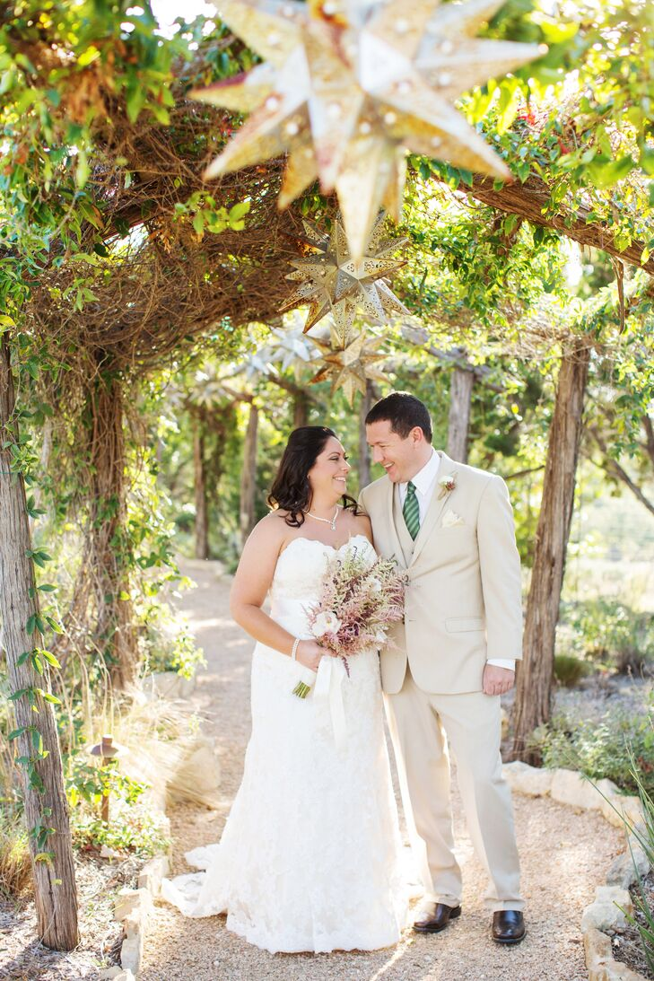 Once Kathryn Boutte (29 and a financial adviser) and Andrew Gillette (32 and a geoscience analyst) decided to get married outside, everything else fel