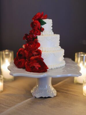 Ivory Wedding Cake, Red Ranunculus