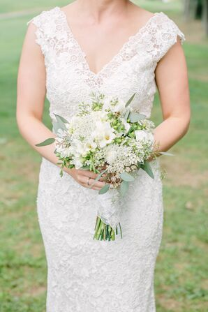White, DIY Bridal Bouquet