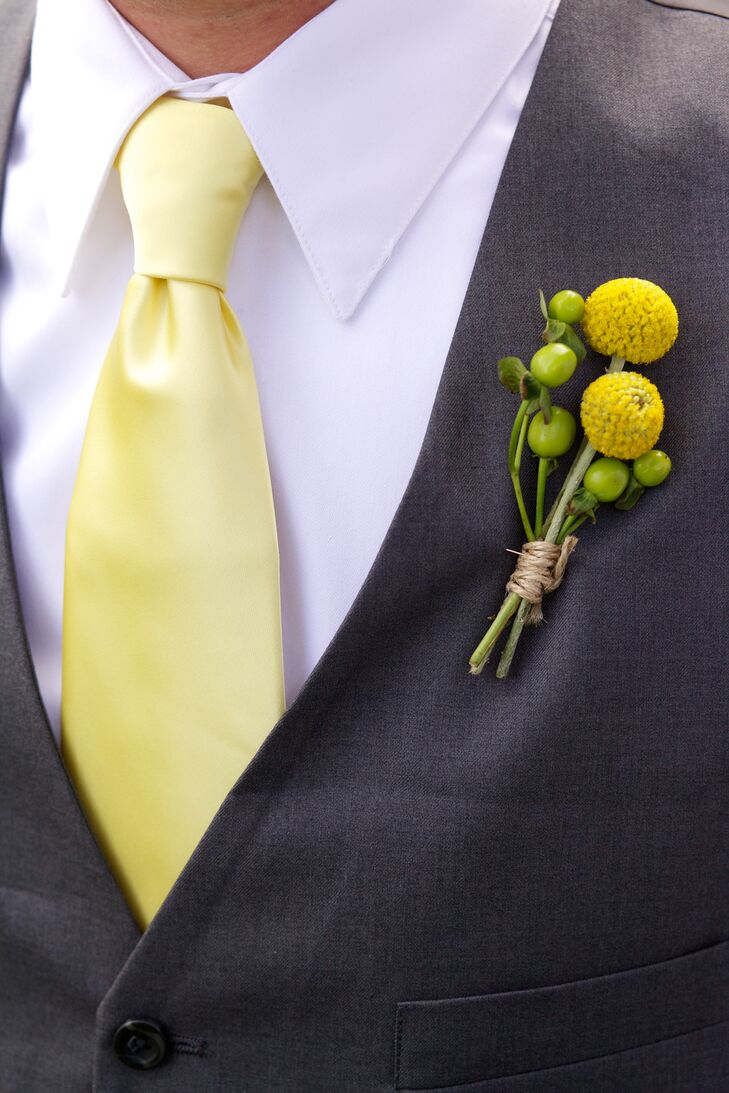 Austin wore billy balls and hypericum berries for his boutonniere.